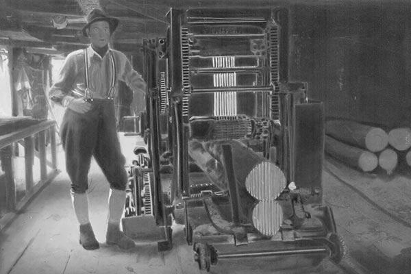 Geschichtsbild Sägewerk Schaffer Holz